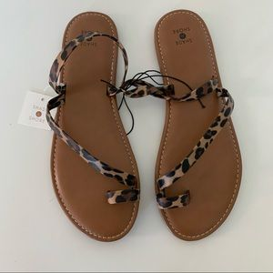 Shade and shore leopard sandals NWT